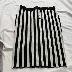 Eva Mendes black n white stripe skirt NWT Sz. L